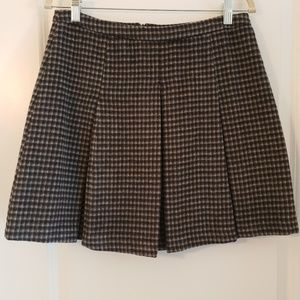 Romeo + Juliet Couture Check Pleated Skirt